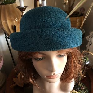 Accessories - Teal Chenille Vintage-Style Hat